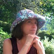 MAISONNEUVE Emmanuelle, catégorie : Littérature jeunesse, présente au Salon du Livre de Royat Chamalières.