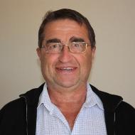 ROMAIN-RINGUIER Jean-Paul, catégorie littérature régionaliste, présent au Salon du Livre de Royat Chamalières.