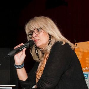 Evelyne ADAM, présente au salon du livre de Royat Chamalières