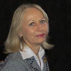 Portrait de Isabelle ARTIGES - autrice présente au Salon du Livre de Royat-Chamalières 2019