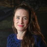 Portrait de Elsa FLAGEUL - autrice présente au Salon du Livre de Royat-Chamalières 2019