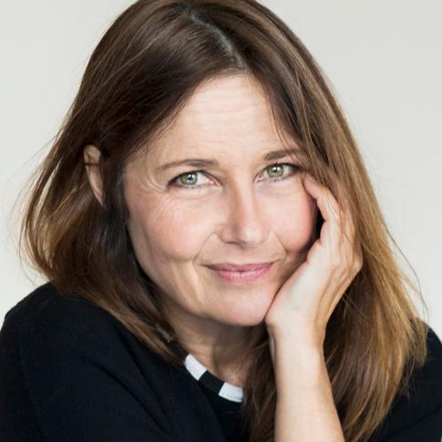 Portrait de Caroline GRIMM - autrice présente au Salon du Livre de Royat-Chamalières 2019