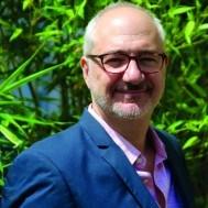 Portrait deLaurent BÉNÉGUI - auteur présent au Salon du Livre de Royat-Chamalières 2019