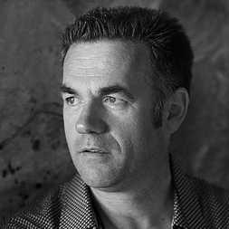 Portrait de Jean-Paul DIDIERLAURENT- auteur présent au Salon du Livre de Royat-Chamalières 2019