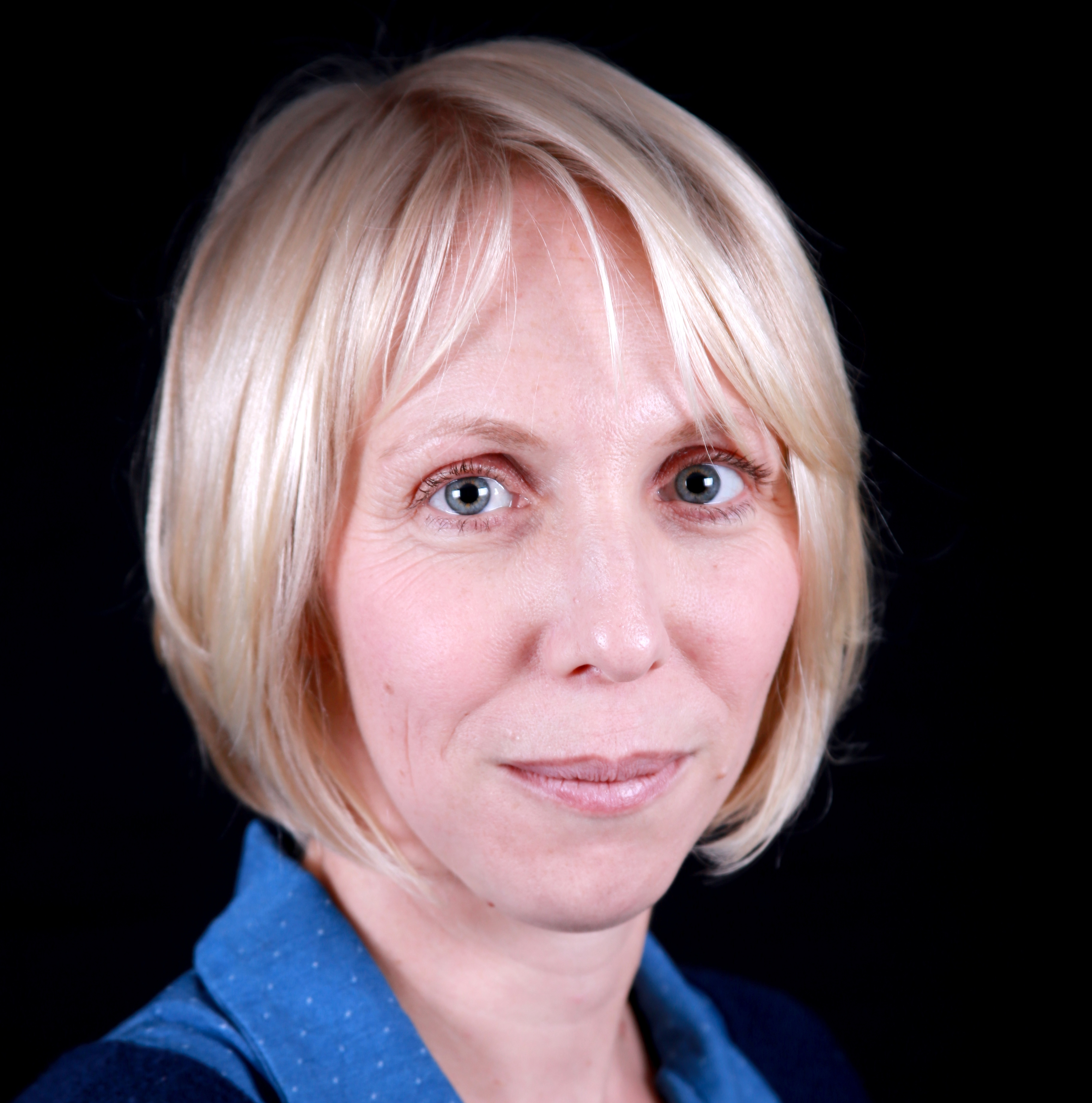 Portrait de Julie GAUCHER - autrice présente au Salon du Livre de Royat-Chamalières 2019