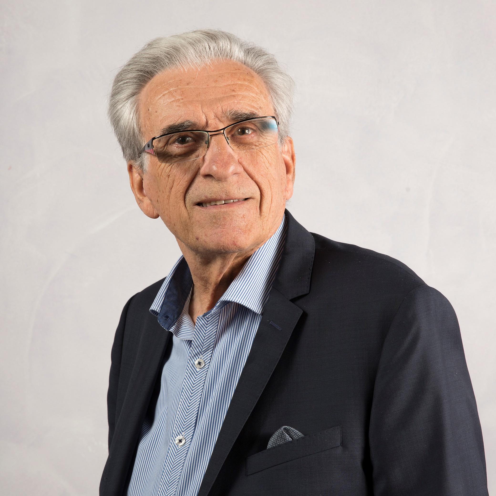 Portrait de Antonin MALROUX - auteur présent au Salon du Livre de Royat-Chamalières 2019